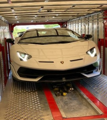 Car shipping with enclosed car carrier to and from Southern California